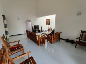 Solid build house (2 Stories)in Kalutara immediate sale